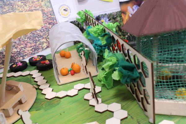 Design a garden (13)